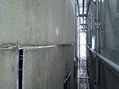 ④外壁の破損箇所、塗膜欠落箇所の有無